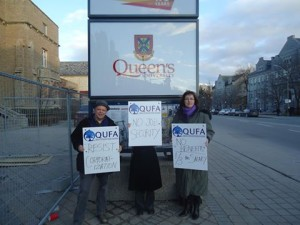 Queen's term adjuncts stand in solidarity for fair employment
